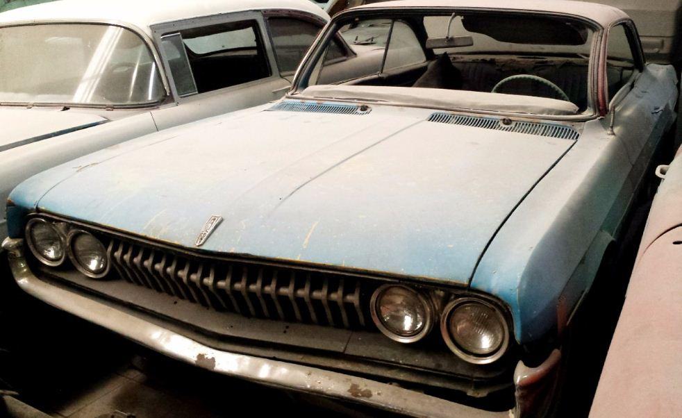 AutoShow  - CHEVROLET OLDSMOBILE 1960