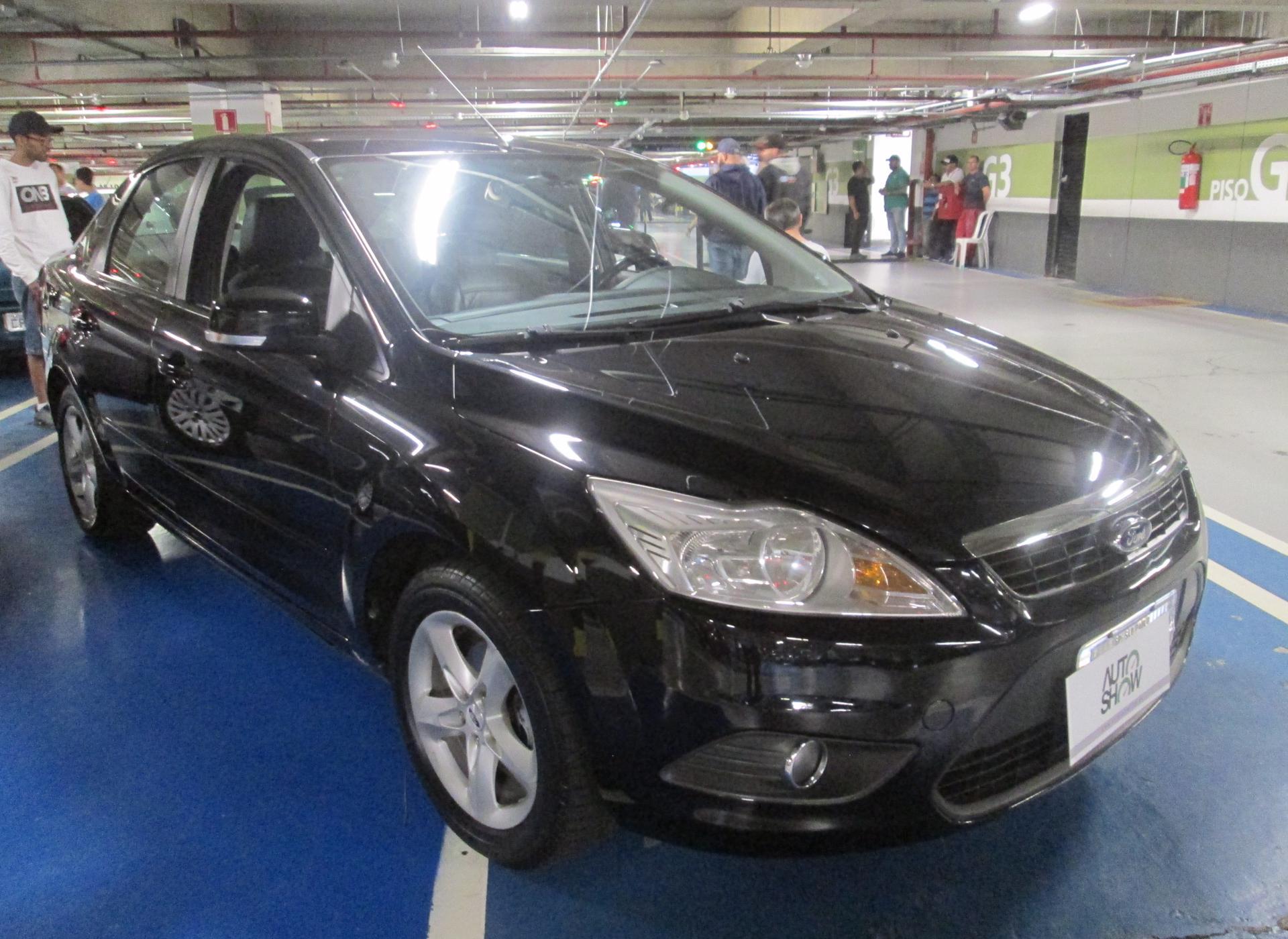 Feirão Auto Show Shopping ABC - FORD FOCUS 2.0 16V/SE/SE PLUS FLEX 5P AUT. 2010-2010
