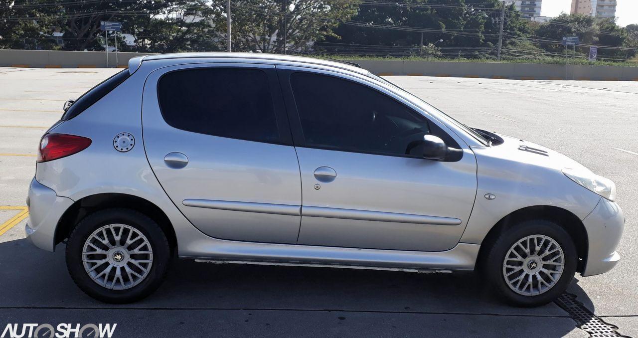 Feirão Auto Show Anhembi - PEUGEOT 207 XR 1.4 FLEX 8V 5P 2010-2011