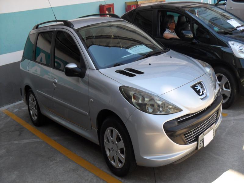 Feirão Auto Show Shopping ABC - PEUGEOT 207 SW XR 1.4 FLEX 8V 5P 2010-2011