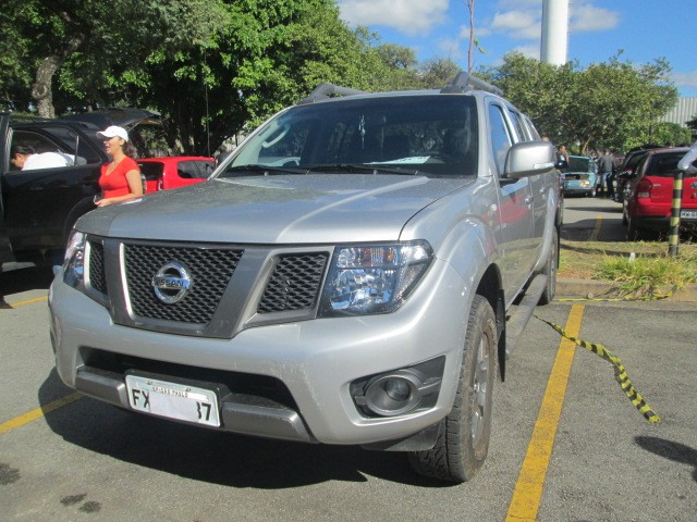 Feirão Auto Show Anhembi - NISSAN FRONTIER SV ATTACK CD 4X2 2.5 TB DIESEL 2015-2015