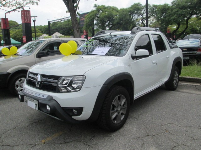AutoShow Anhembi - RENAULT DUSTER OROCH 2017