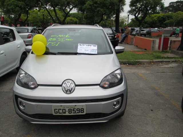 Feirão Auto Show Anhembi - VOLKSWAGEN UP! CROSS I MOTION 1.0 T.FLEX 12V 5P 2015-2016